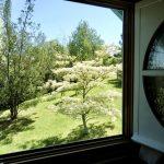 La Cabane de Mathilde s'ouvre sur le jardin
