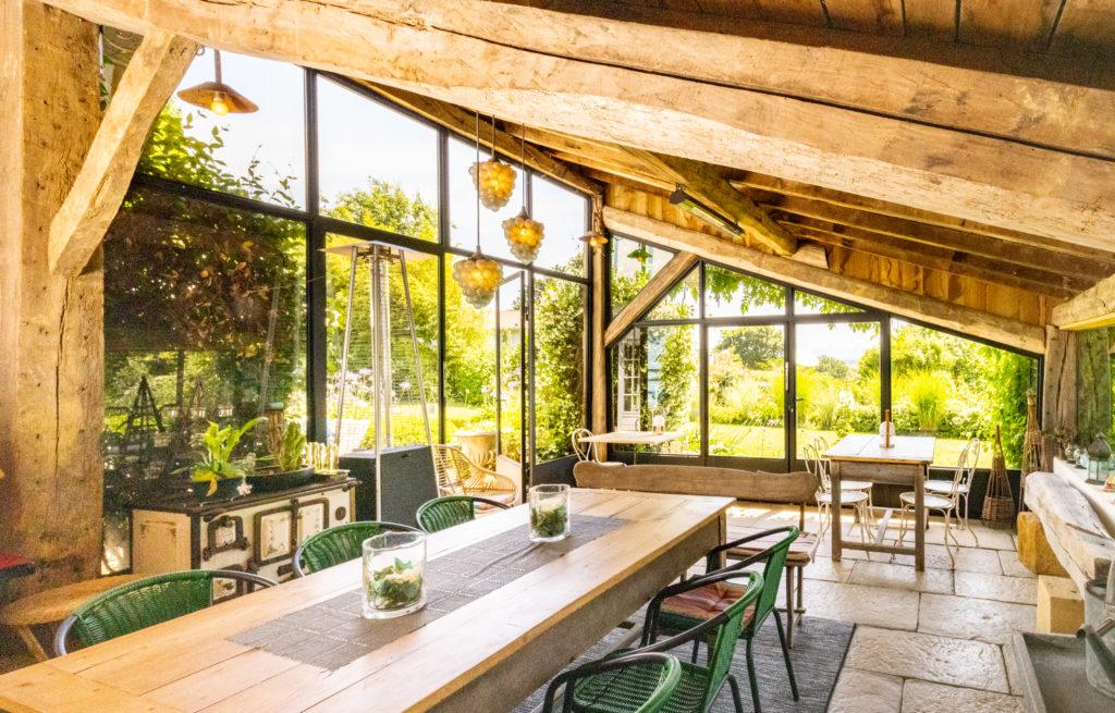 Maison de vacances au Pays basque Les Volets bleus -Salle à manger d'été